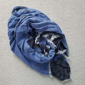 Soft Calvin Klein Blue Black Gray White Scarf Wrap